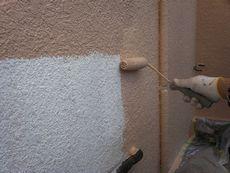 外壁塗装下塗り開始