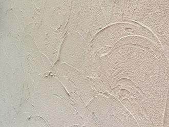 モルタル外壁はお洒落な左官仕上げです