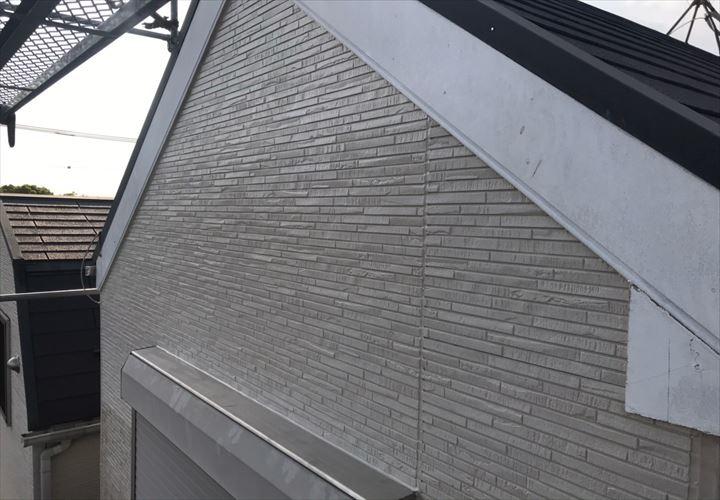 葛飾区四つ木にて台風で落下した外壁の張替え工事を行いました