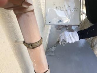 付帯部は錆止め塗料を塗ります