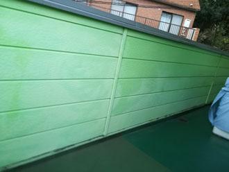 外壁は所々に色褪せが目立ちました