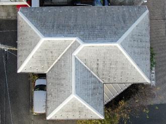 築10年屋根塗装を検討している邸宅
