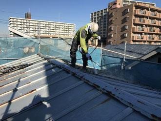 瓦棒屋根の高圧洗浄
