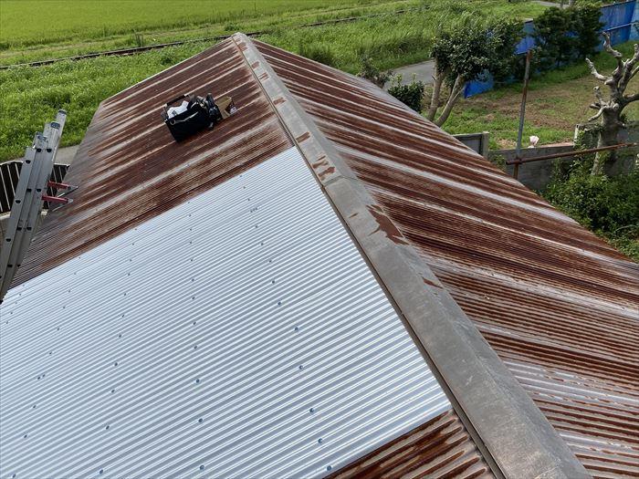 屋根塗装前のトタン屋根