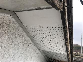 ケイカル板での軒天補修