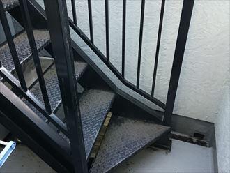 築15年の鉄部階段