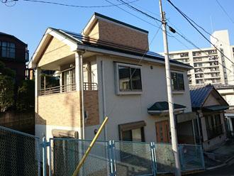 築9年になり外壁塗装を検討している邸宅