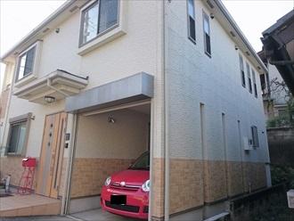 築9年目地の劣化が気になり外壁のメンテナンスを検討された邸宅