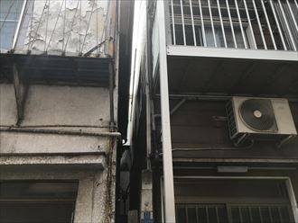 隣家が近い建物