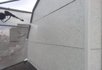 高圧洗浄で外壁をきれいに
