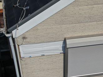 足立区中川にて風災によりサイディングが落下した建物を火災保険を使用し部分的な張替え工事を行いました