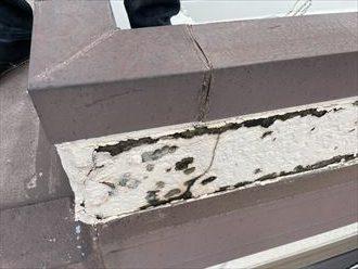 柏市あけぼのにて雨漏りが発生している建物の外壁、屋根を調査