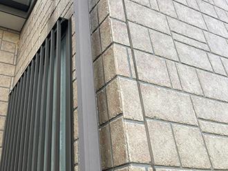 品川区大井でシーリング補修とタイル調のサイディングにはクリア塗装をおすすめ
