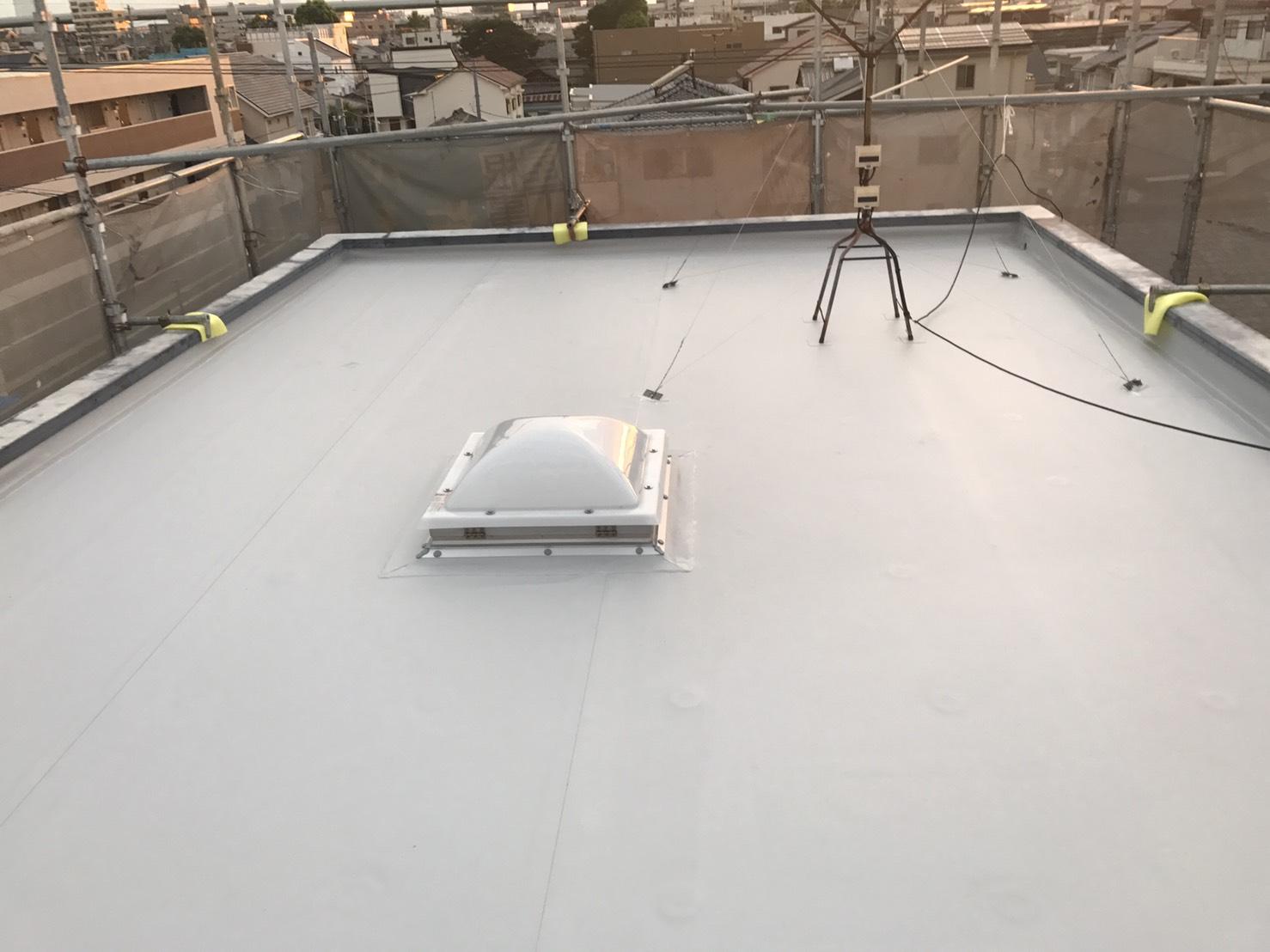 耐久性の高い塩ビシート防水工事施工後