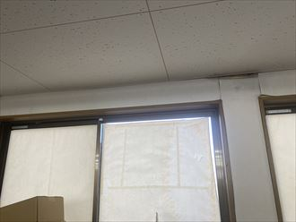 君津市南子安のビルサッシから雨漏り被害