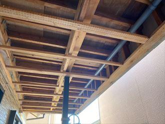 市原市潤井戸「バルコニーから雨漏り」破損した軒天の復旧工事