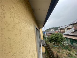 富津市亀田|塗装をして間もなくコケが生えてしまい、気になってしまう