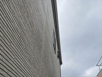 君津市大岩で外壁塗装は問題なさそうですが、コーキングが劣化している