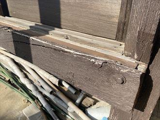 山武市成東にて木製サッシが外れそうなので、アルミサッシに交換したい
