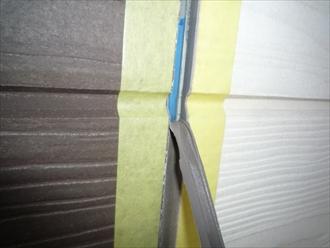 劣化したシーリング材を撤去