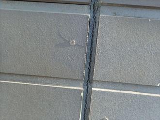 千葉市緑区土気町の外壁調査、コーキングの日に割れやサイディング亀裂の発生