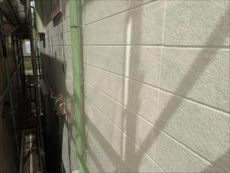 松戸市新松戸 下塗り材塗布完了