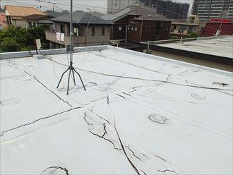 市原市瀬又の雨漏り調査、陸屋根の防水の劣化が原因による雨漏り