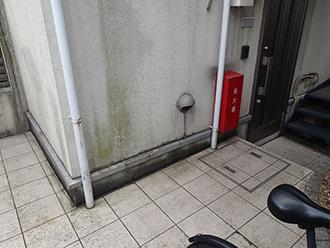 大田区大森南にて汚れや剥がれが気になるモルタル外壁は塗り替え時期が来ています