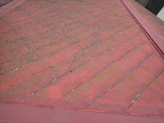君津市外箕輪に化粧スレートへのメンテナンス、前回の屋根塗装から15年が経過した屋根状況