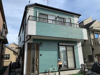 パーフェクトトップND-050とND-400で塗装したツートンカラーの邸宅