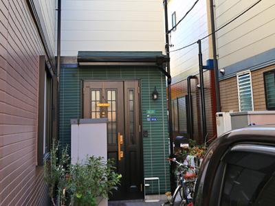 東京都北区西ヶ原駅 外壁塗装と屋根カバー工法でイメージチェンジ