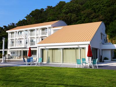 千葉県富津市 リゾート地の別荘改修 外壁塗装と屋根葺き替え 更に防水工事