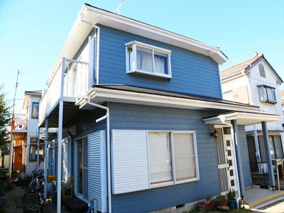 屋根と外壁を塗り替えでメンテナンス 劣化の酷い木部も合わせて塗装|千葉市稲毛区