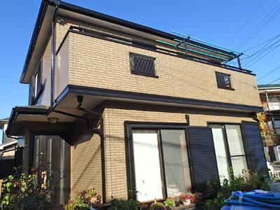 横浜市戸塚区|UVプロテクトクリヤーで外壁塗装、雨戸など細部もメンテナンス