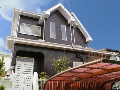 袖ケ浦市|棟板金の飛散をきっかけに屋根を全面リフォーム、外壁塗装でイメージチェンジ