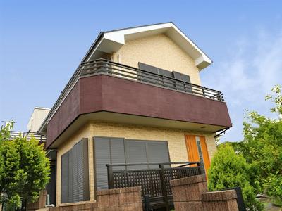 千葉市中央区|外壁塗装と屋根塗装で住まいをリフォーム 合せてベランダもトップコート