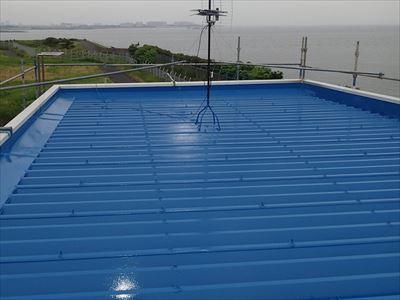 屋根塗装後の折板屋根