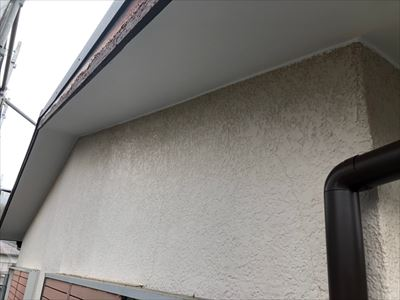 軒天張替・塗装工事完了