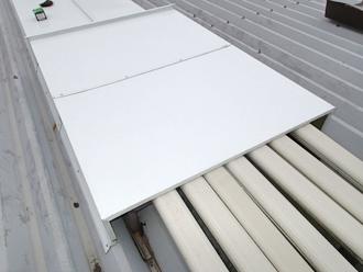 千葉県木更津市 屋根の雨漏り補修 エアコンダクト付近の雨除け