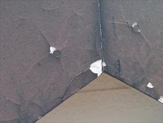 染塗料で屋根と外壁塗装を行いました