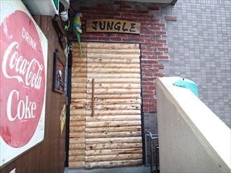 浦安市の飲食店、階段のカラーシミュレーション