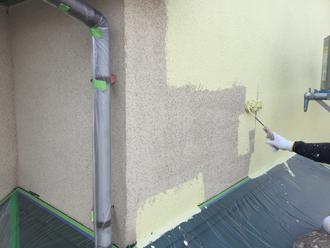 2階部分のリシン壁の塗装