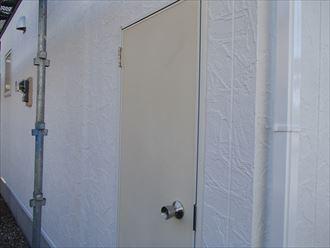 勝手口ドア,塗装