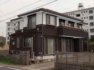 屋根外壁塗装,カラーシュミレーション,ブラウン,ホワイト