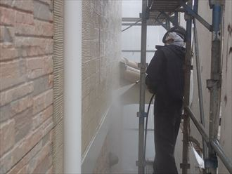 外壁,高圧洗浄,汚れ,苔,カビ