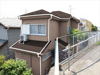 屋根外壁塗装,カラーシュミレーション,ブラウン,付帯部,白