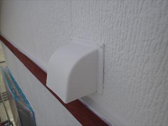 外壁塗装,下塗り,白,日本ペイント,パーフェクトサーフ