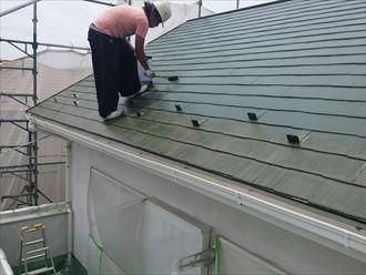 屋根,ファインシリコンベスト,中塗り