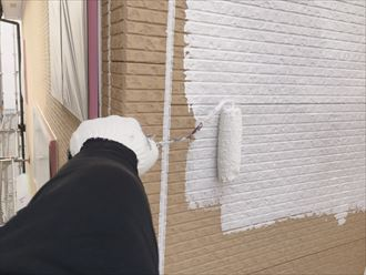 足立区の外壁と屋根塗装、久々の晴天で工事がグッと進みました