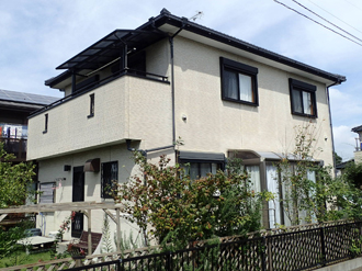 市原市で瓦屋根の雨漏り補修と屋根塗装、室内の雨漏り跡のクロス張替え